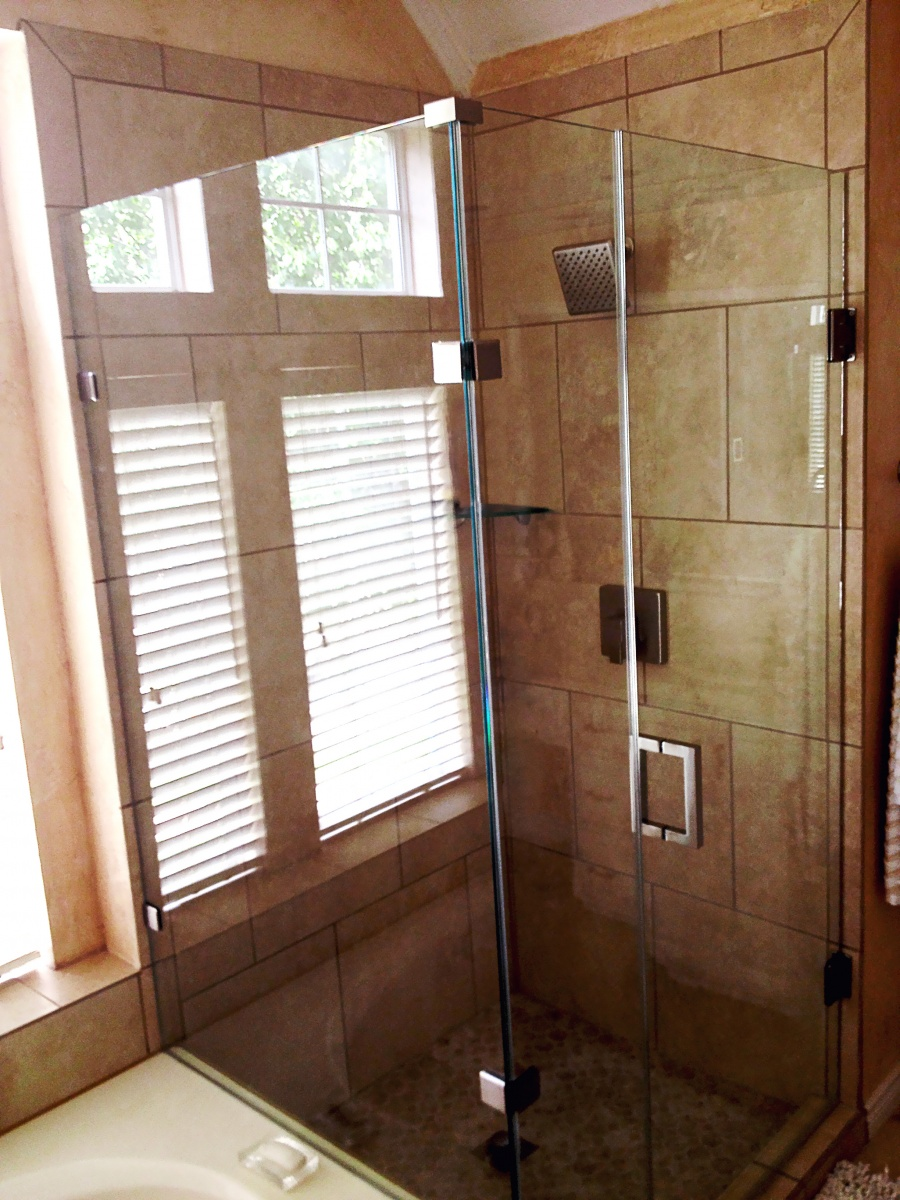 Custom Glass Shower Doors & Enclosures - Metroplex Windows & Glass