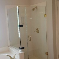 custom-glass-for-bathrooms-dallas